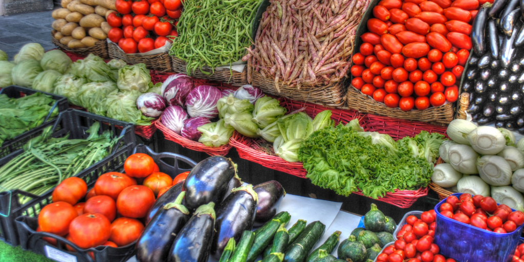 The 411 on farmers' markets in the 416